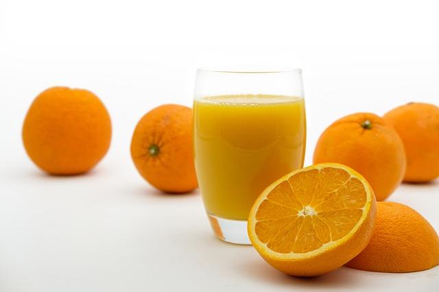 jus d'oranges et oranges